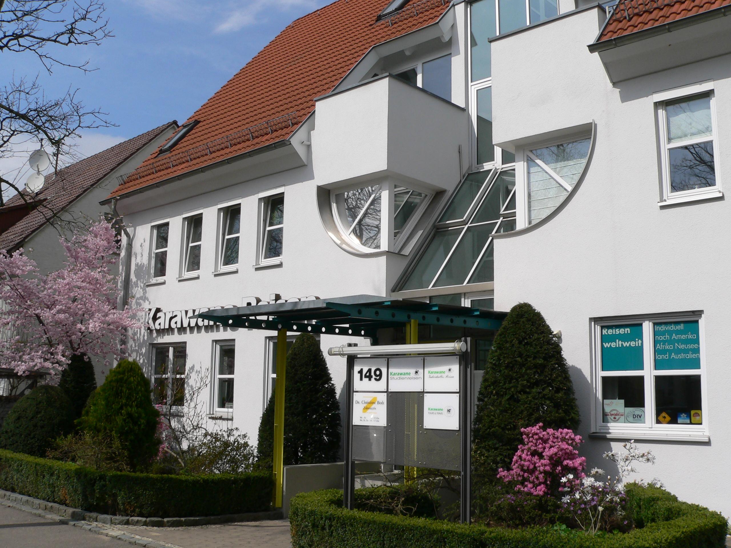 Karawane Reisen in Ludwigsburg Bürogebäude