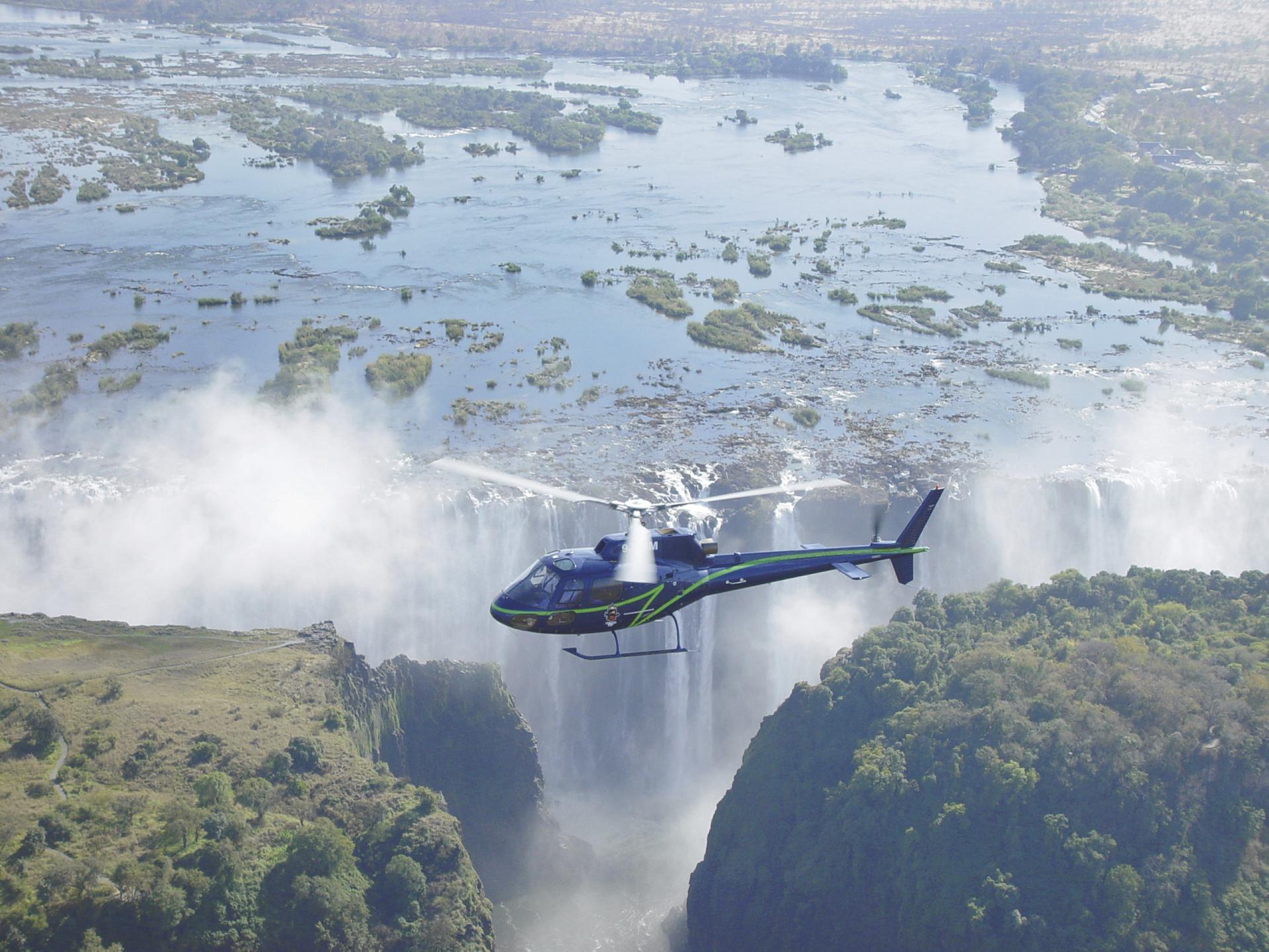 Helikopter Flug über die Victoria Wasserfälle