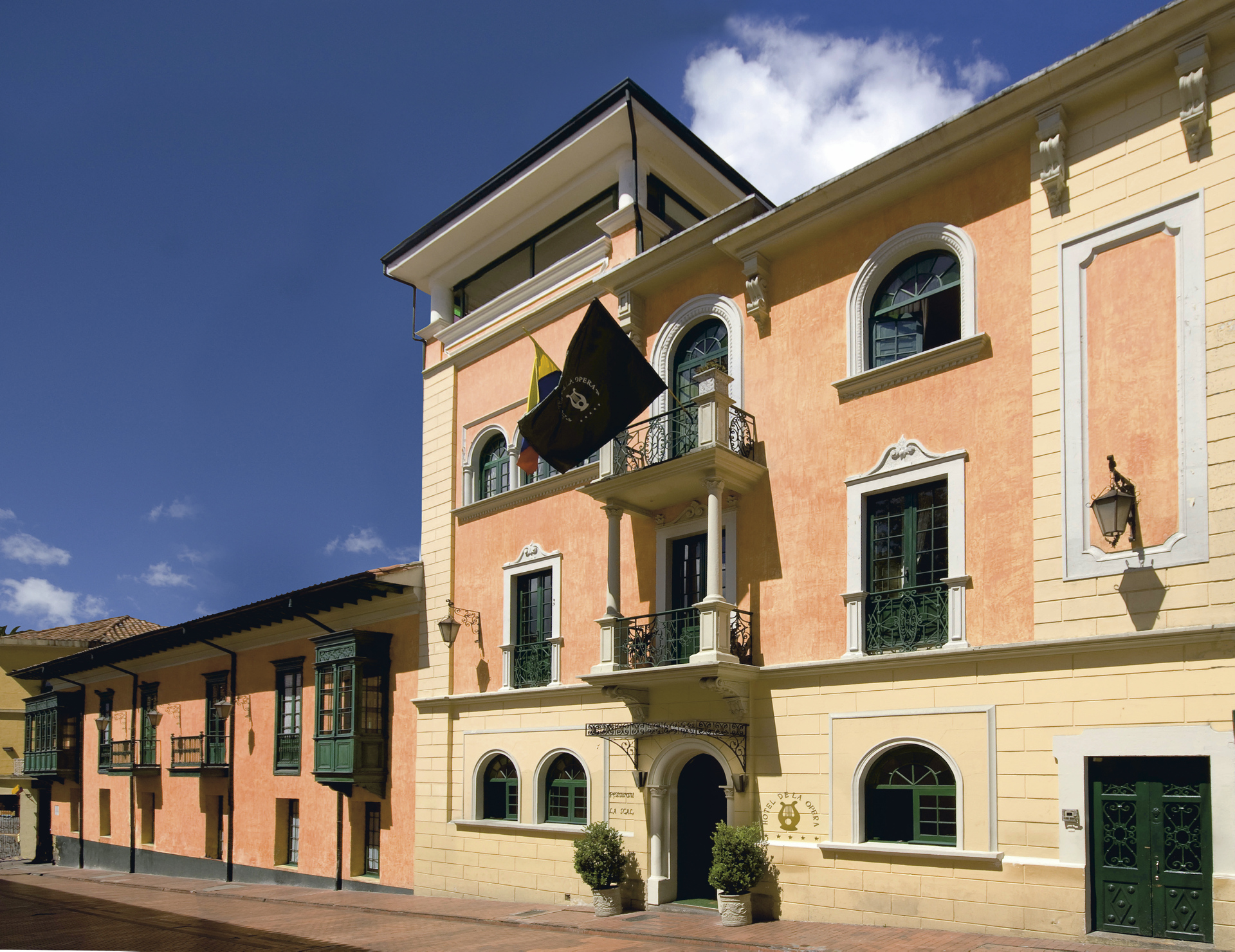 Hotel Opera Bogota