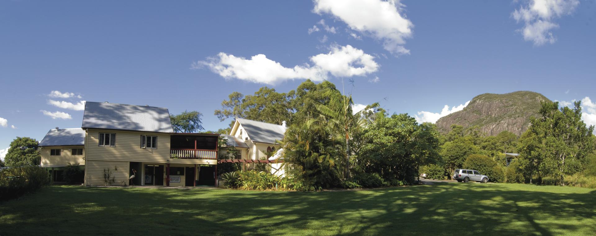 Glass House Mountains Eco Lodge