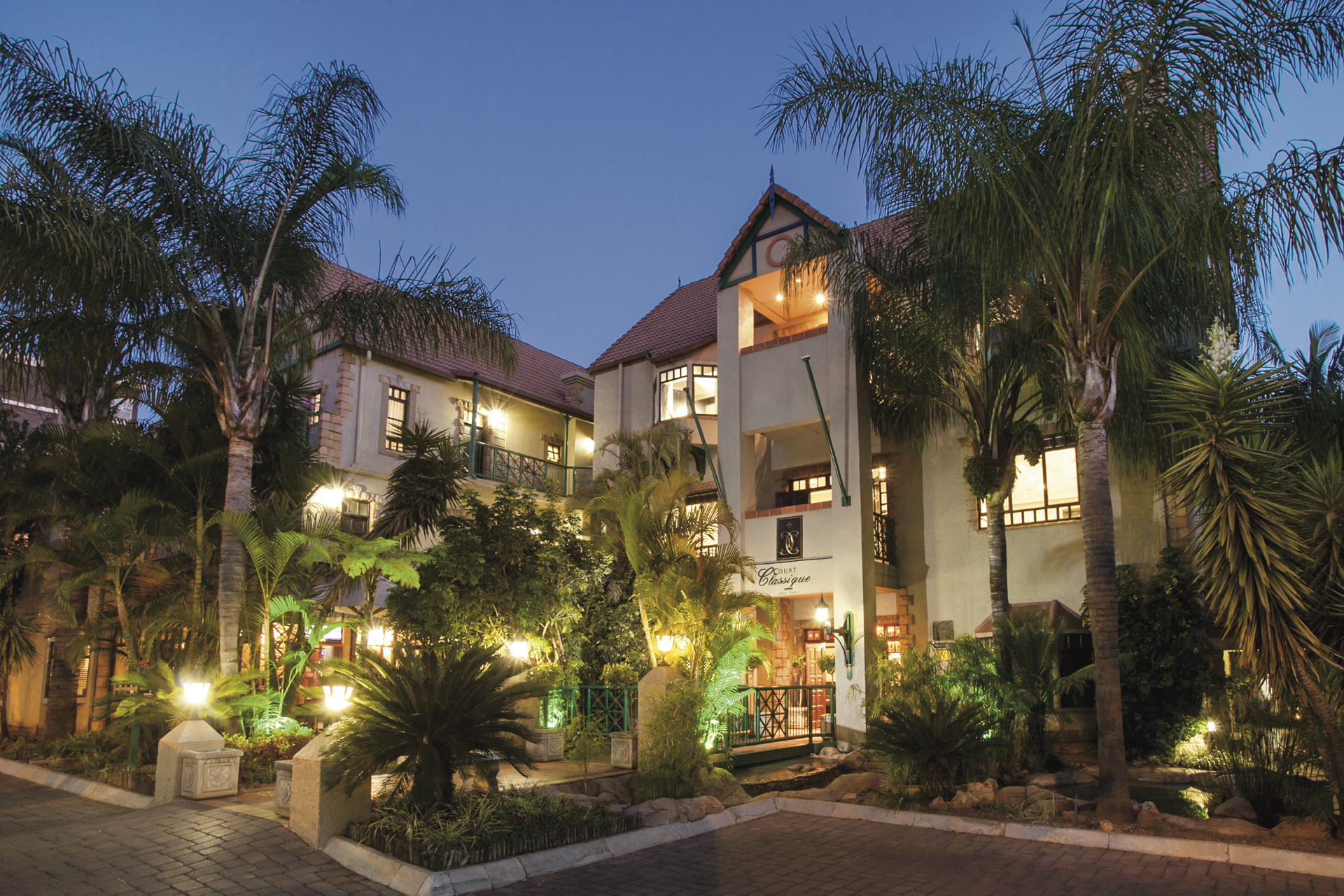 Court Classique Hotel