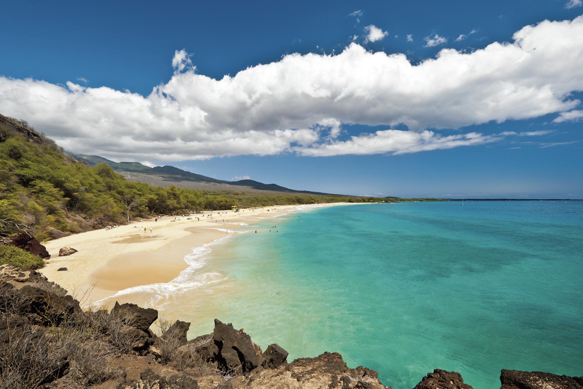 Blick auf den Strand von Maui