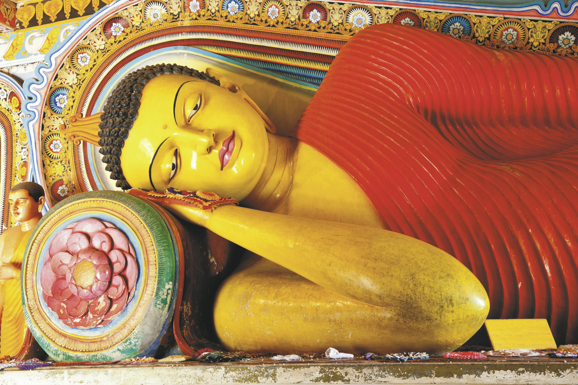 Liegender Buddha in Anuradhapura - © Shutterstock