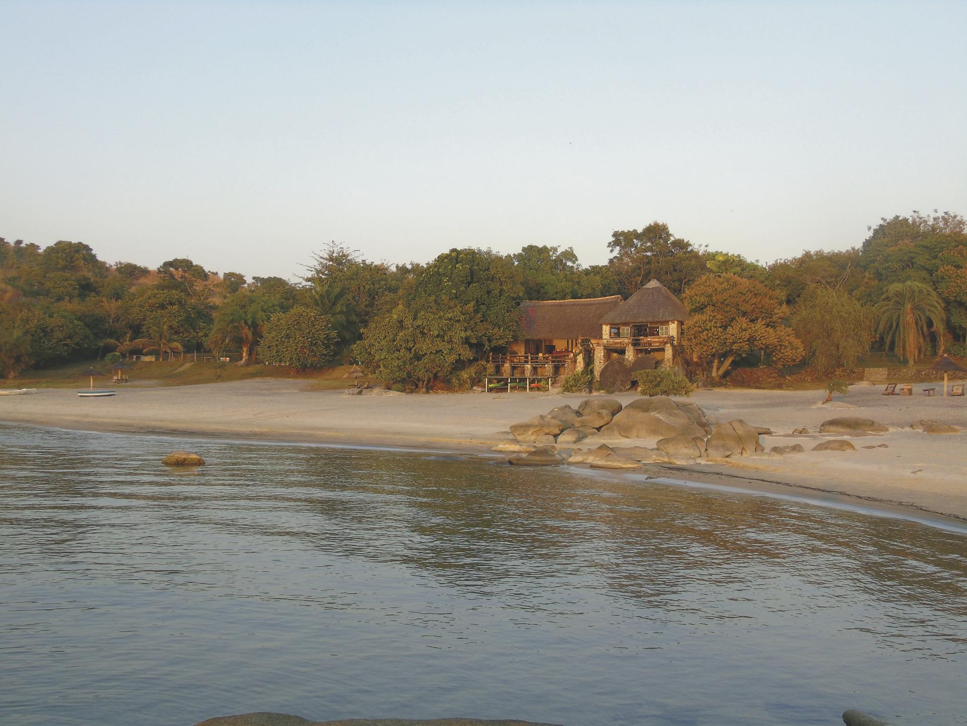 Makuzi Beach Lodge